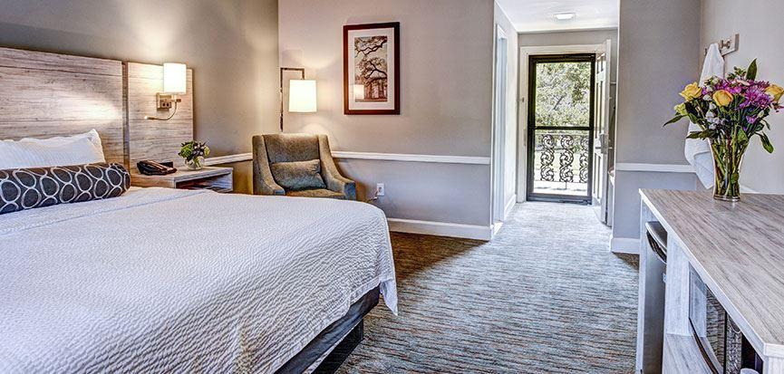 Bay Street View King Bed Rooms In Best Western Sea Island Inn Beaufort South Carolina