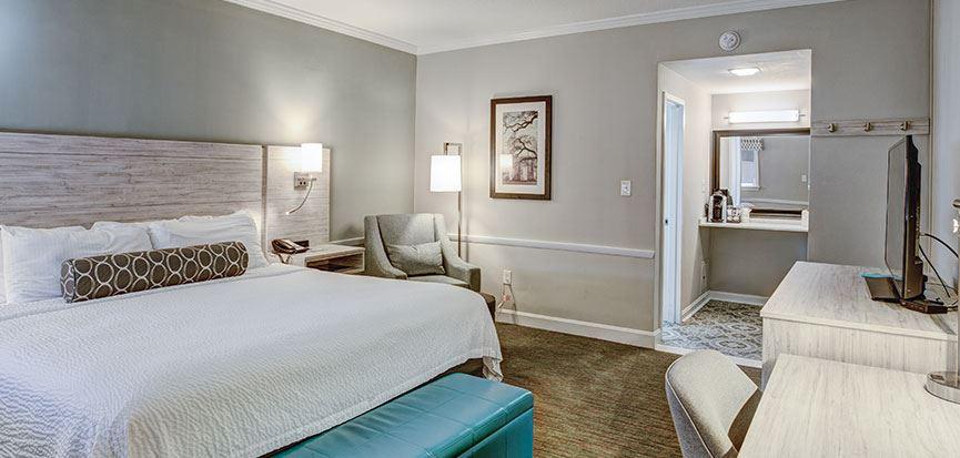 King Bed Rooms In Best Western Sea Island Inn Beaufort South Carolina