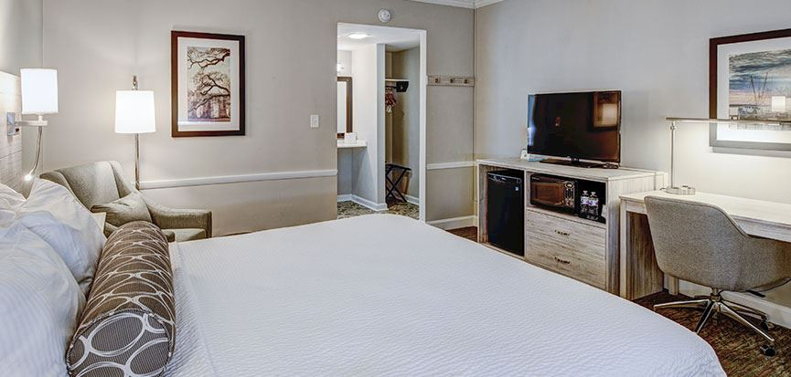 Mobility Accessible 1 King Bed Rooms In Best Western Sea Island Inn Beaufort South Carolina